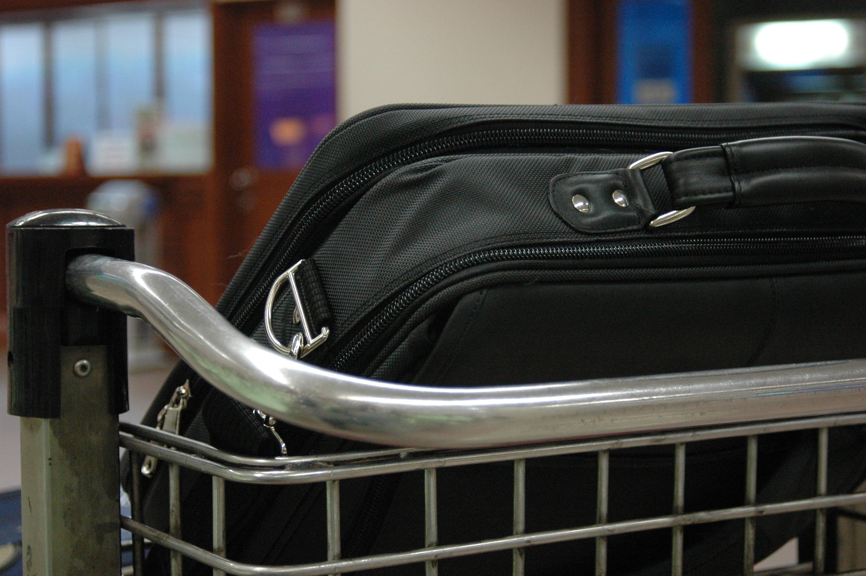 LOT – nowe warunki przewozu bagażu